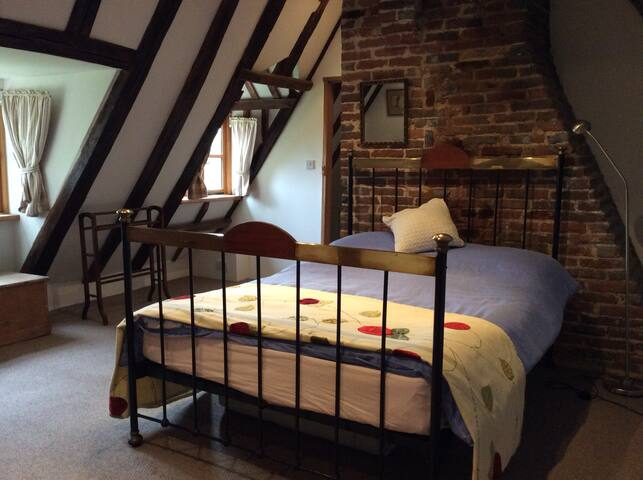 Top floor guest suite in listed Wealden Hall House