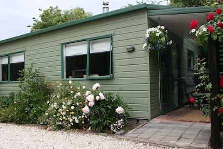 Buster's cottage - Loburn - Apartment