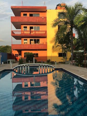 Hotel y Suites Villarreal