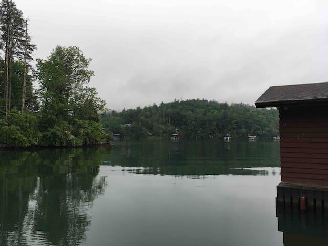 Lake Rabun Waterfront Suite