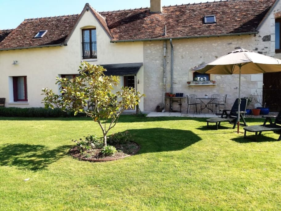 2 bedroom Noix cottage at les Limornieres
