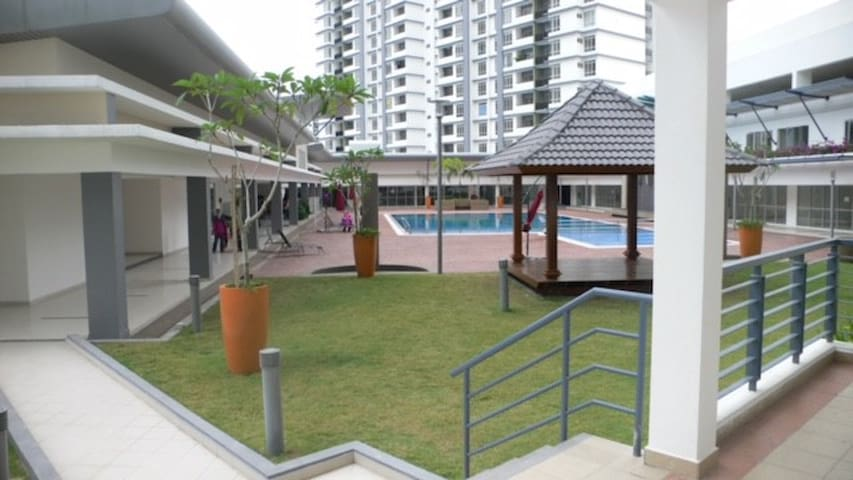 Elegant apartment - 10km from KLCC - jaskinie Batu - Apartament