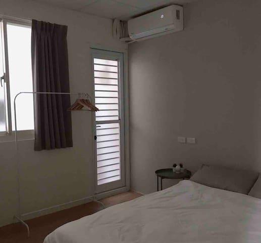 《全新獨立房間》簡約設計,交通方便
