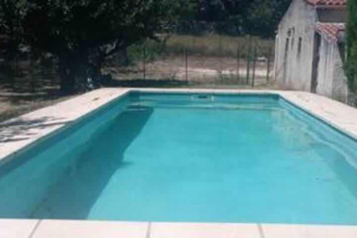 Villa de campagne à 3km de l' Ardèche avec piscine