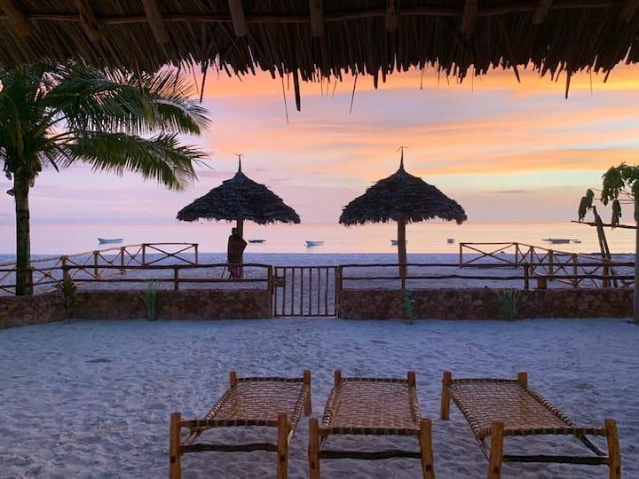 Villa Thamani fronte mare, spiaggia privata!