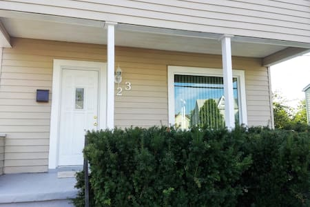 2 bedrooms 1.5 Bath to share - Catonsville