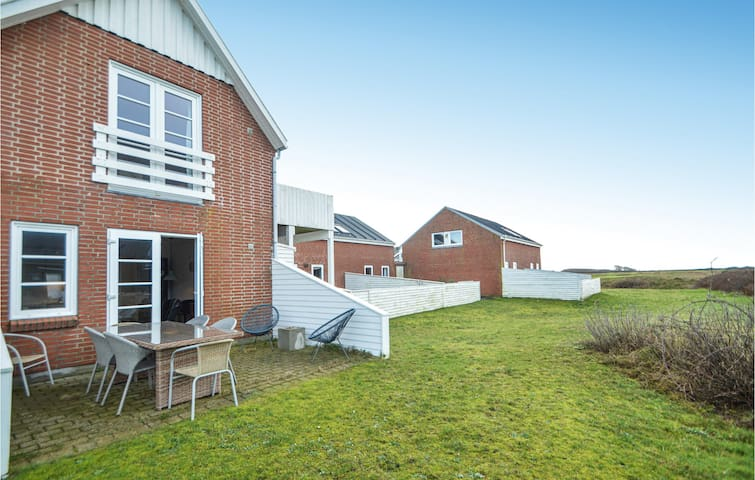 Holiday apartment with 2 bedrooms on 44m² in Rømø