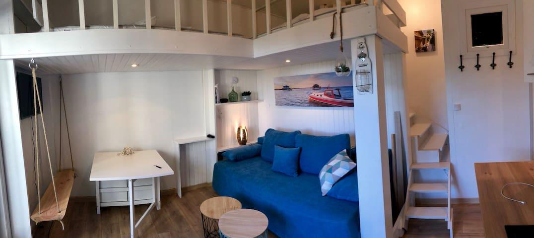 Studio très cosy à 50 mètres de l'océan
