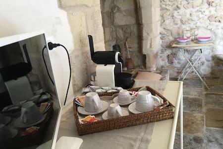 MasseriaTorreSant'Andrea,doubleroom:bike&breakfast - Borgagne - Bed & Breakfast
