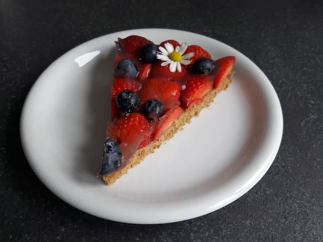 Cake - Strawberry,  Blueberry