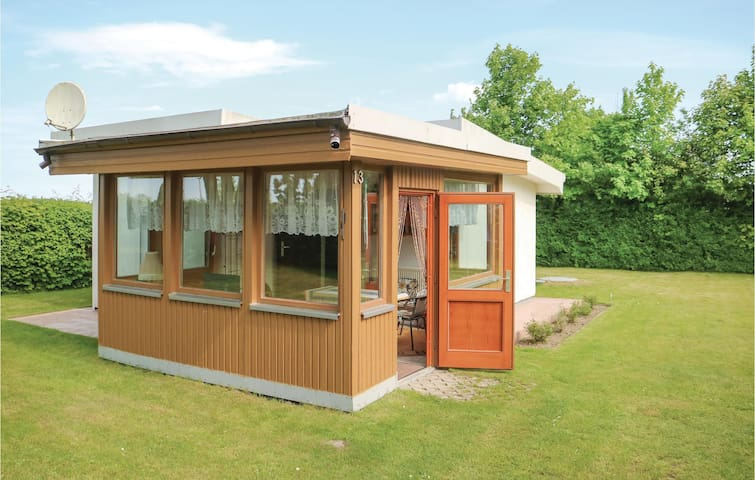 Holiday cottage with 1 bedroom on 43m² in Kröpelin/Wichmannsdrf