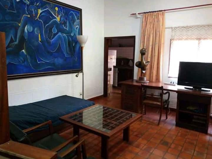 Mbuya hill charming studio apartment for rent