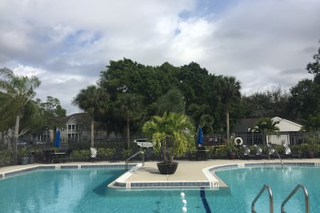 Cozy sunshine apartment - Fort Myers - Appartamento