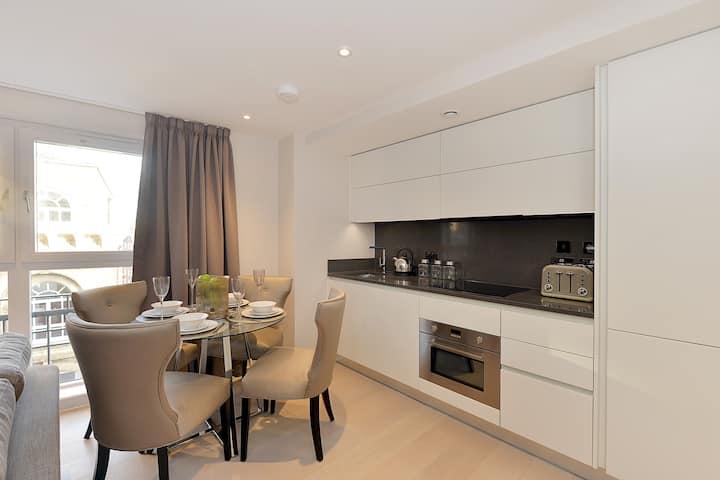 Beautiful One Bedroom Apartment Victoria, London V7