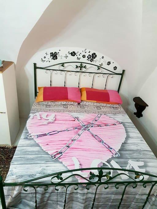 Caratteristico monolocale centro 4/5 posti letto - Houses for Rent in Napoli, Campania, Italy