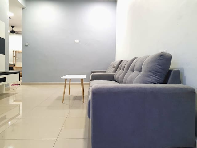 3min to Batu Pahat Mall,Newly Renovated,3R3B