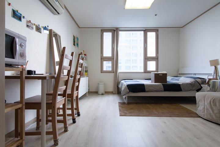 ★[SuperHost] Clean Studio near Metro. Safe & Quite - Gangdong-gu - Apartamento