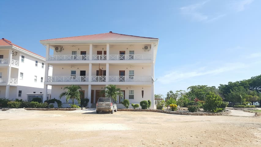 Orchid Bay Rentals Belize Seafront Condos