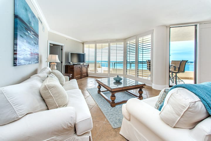 Gulf & Harbor Views! Huge 2200S.F.! Pool+Hot Tub!☀3BR Penthouse East Pass 605☀