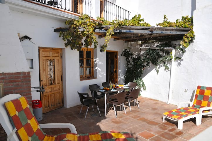 Our Comfortable Spanish Holiday Home - Riogordo - Huis