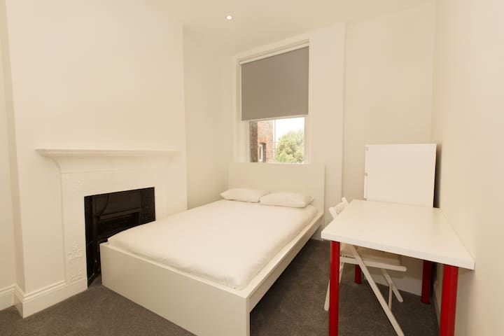 Special single bedroom in Churchfield Road by Allô Housing