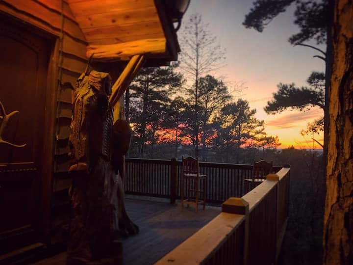 Native Sunset Lookout Lodge