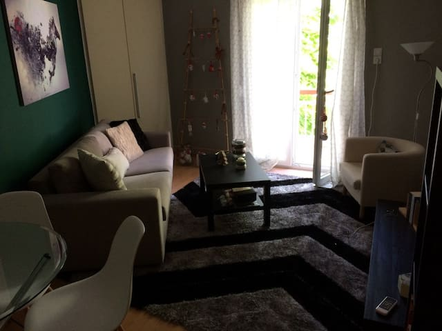 Cosy Apartment in Center of Komotini - Komotini - Квартира