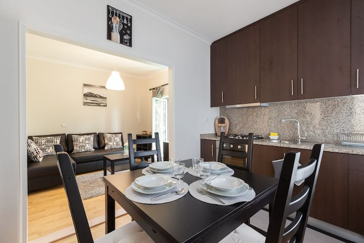 Braga- (T2+1)(Carvalhosa apartment)