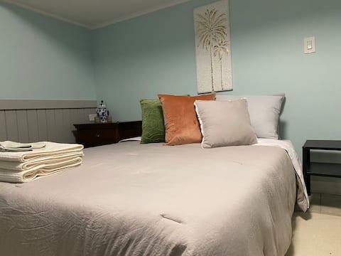 Clean, Private Room, Great Lakes Waukegan