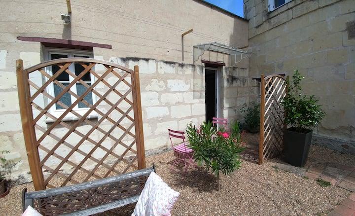 Petit studio au calme à Saumur