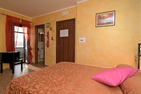 b&b Relais da Clorinda  camera belvedere - ascea - Bed & Breakfast