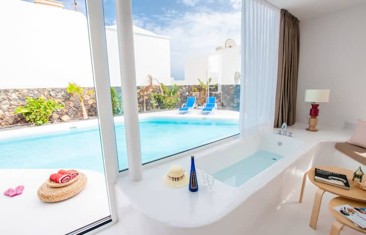 Aqua Blanca 3 Boutique Loft with pool - Adults Only