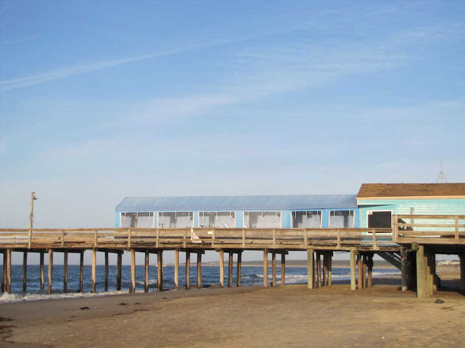 Lodge in the pines in cape story by the sea houses for for Lynnhaven fish house