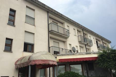 Affittacamere Suwei - Strassoldo - Dormitório