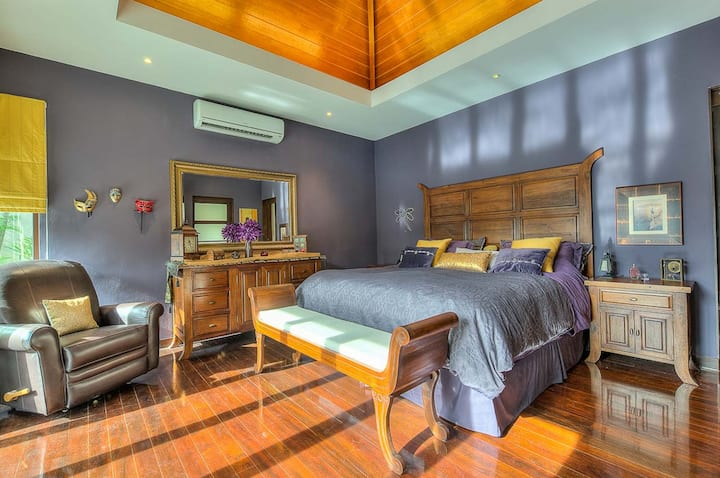 Stylish Balinese Boutique Villa, Rawai, 3 bedrooms