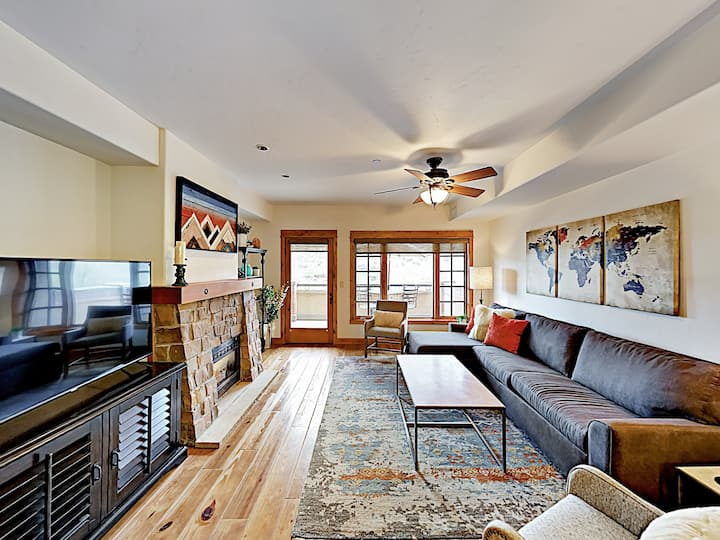 Downtown Gem by Yampa River with Fireplace