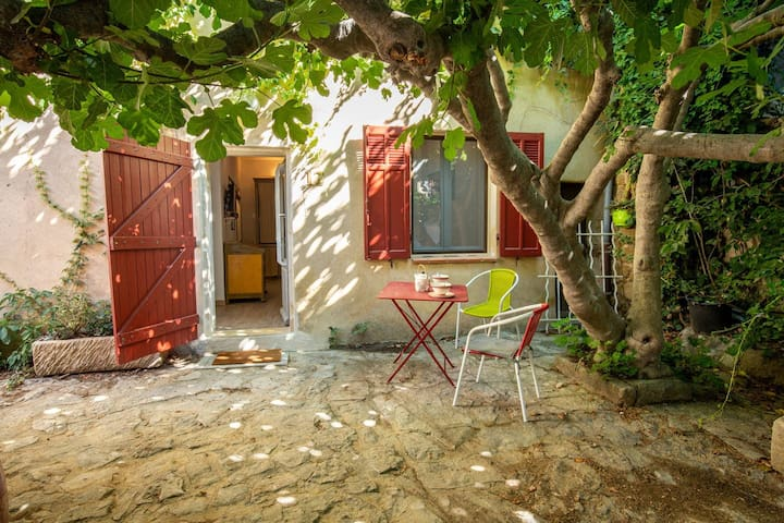 Haven of peace in Provence