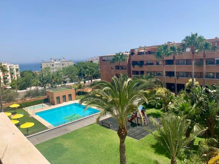 Apartment Torremolinos with swimming pool+parking