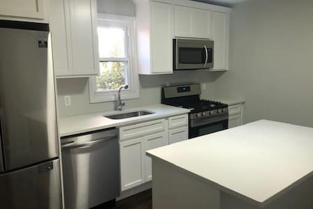 Brand New 3-Bed in East Rock w/ In-Unit Laundry