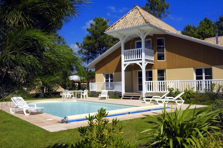 Villa 8 personnes, piscine privée Lacanau Océan