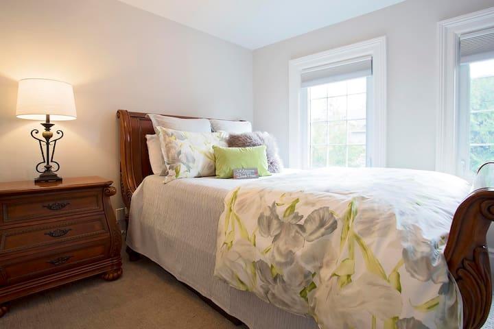 Watch Hill B&B Saugeen Suite - Southampton - Bed & Breakfast