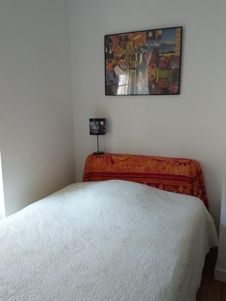 Chambre1 chez l'habitant rue piétonne centre ville