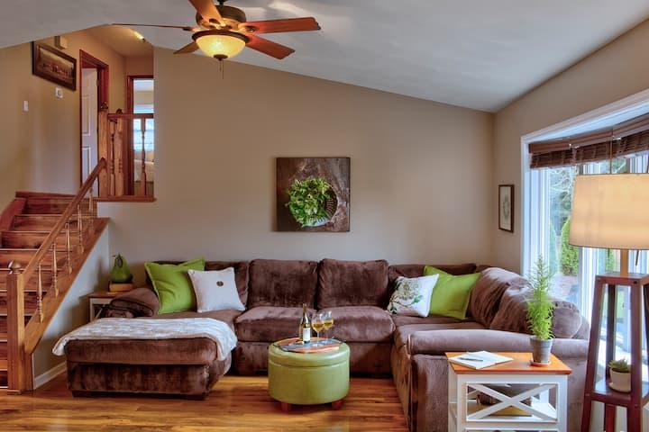 Comfortable Home with Backyard Oasis