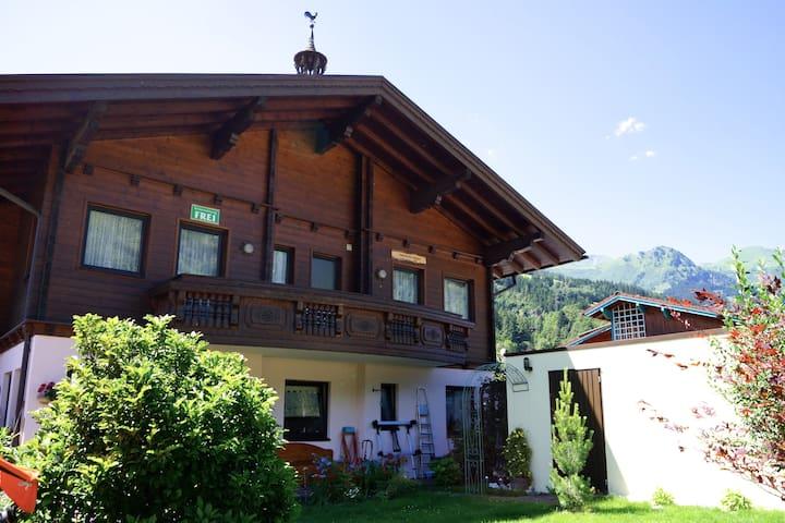 Gemütliches Appartement in ausgezeichneter Lage - Bad Hofgastein - Huoneisto