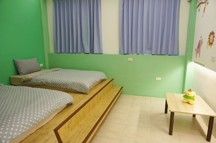 «Opening sale»【Love&Share House】2Beds Girls dorm - Hualien City - House