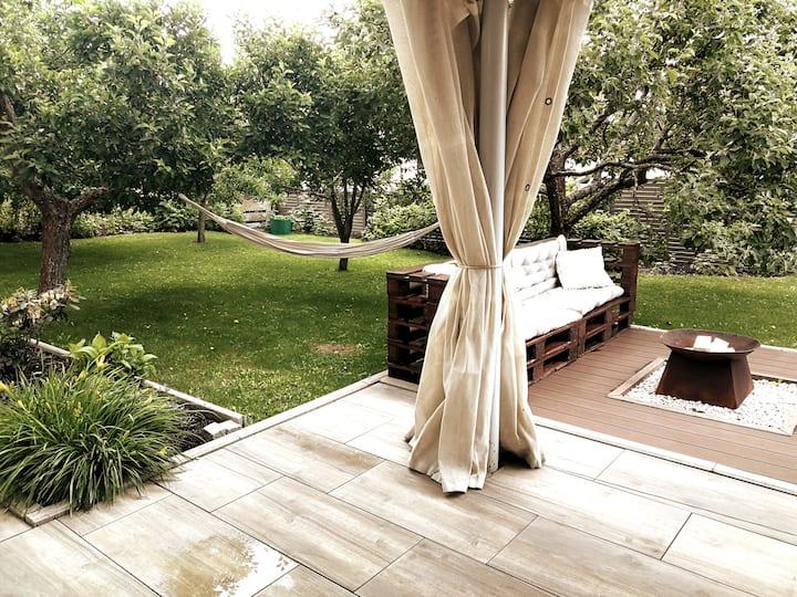 Holiday flat with sauna and nice garden