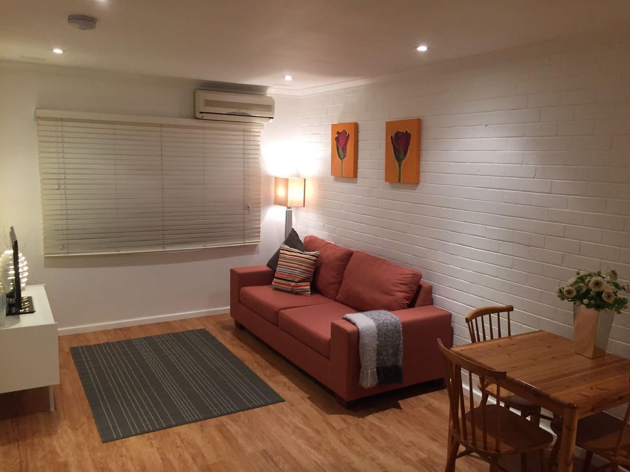 Warm, cosy, spacious.  Aircon and TV.
