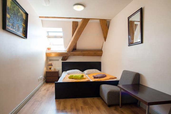 Single Private Room - Riga - Bed & Breakfast