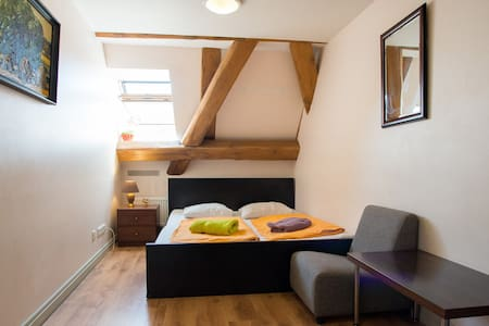 Single Private Room - Riga - Bed & Breakfast