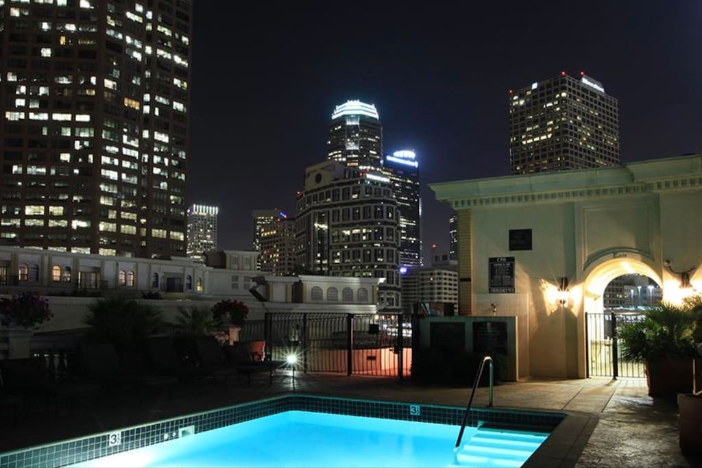 Rooftop heated pool with spectacular views of DTLA.